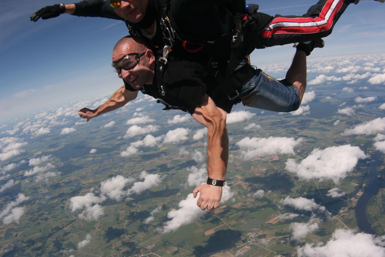 CFP Skok ze spadochronem 12