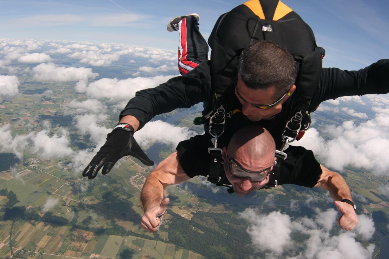 CFP Skok ze spadochronem 17