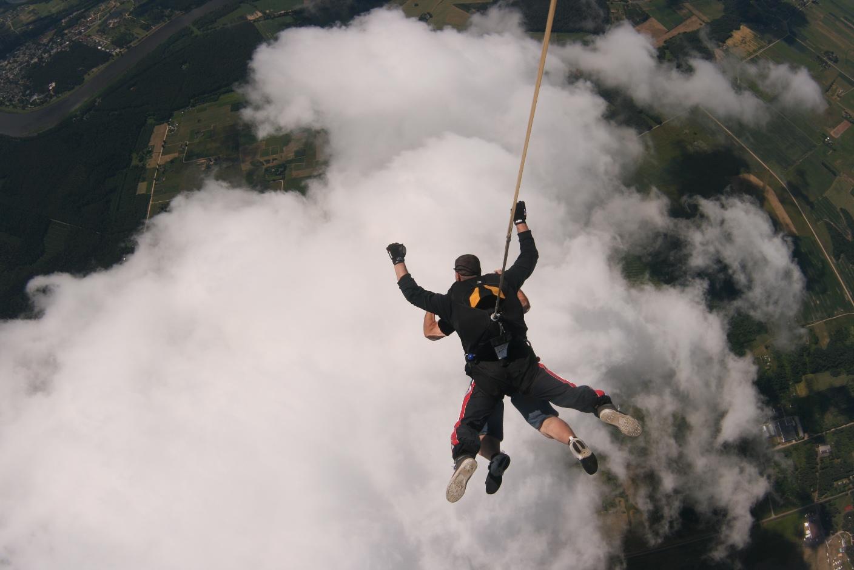 CFP Skok ze spadochronem 18