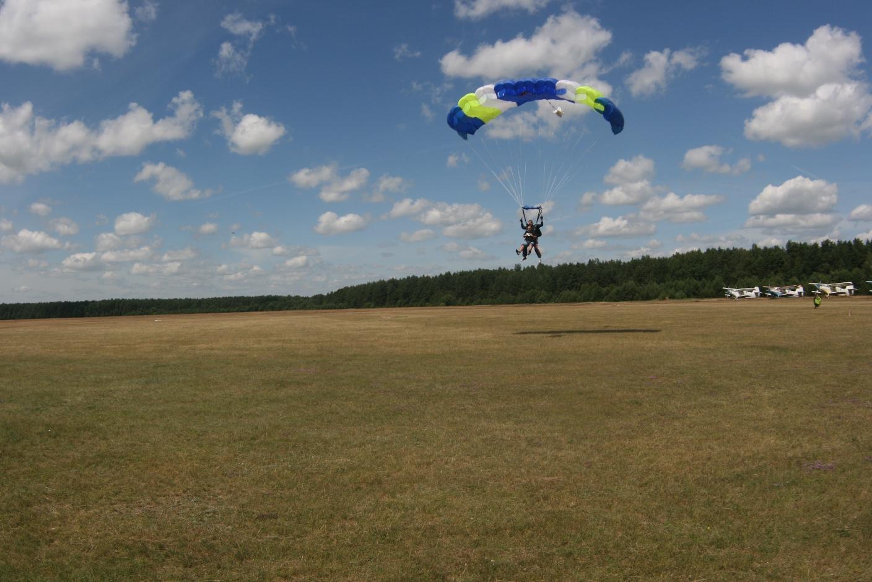 CFP Skok ze spadochronem 24